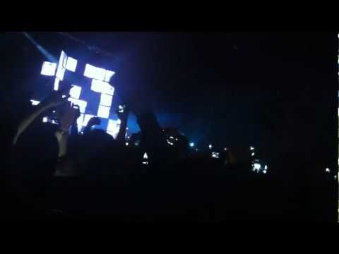 Ed Sheeran- 'Give me love' live in the o2 Dublin.