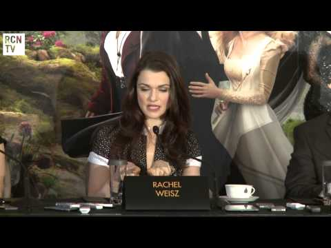 Rachel Weisz & Cast on The Wizard of Oz - Oz The Great And Powerful Premiere