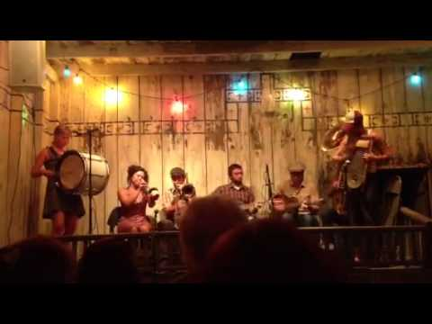 Tuba Skinny - Vine Street Rag (Dew Drop Jazz and Social Hall)
