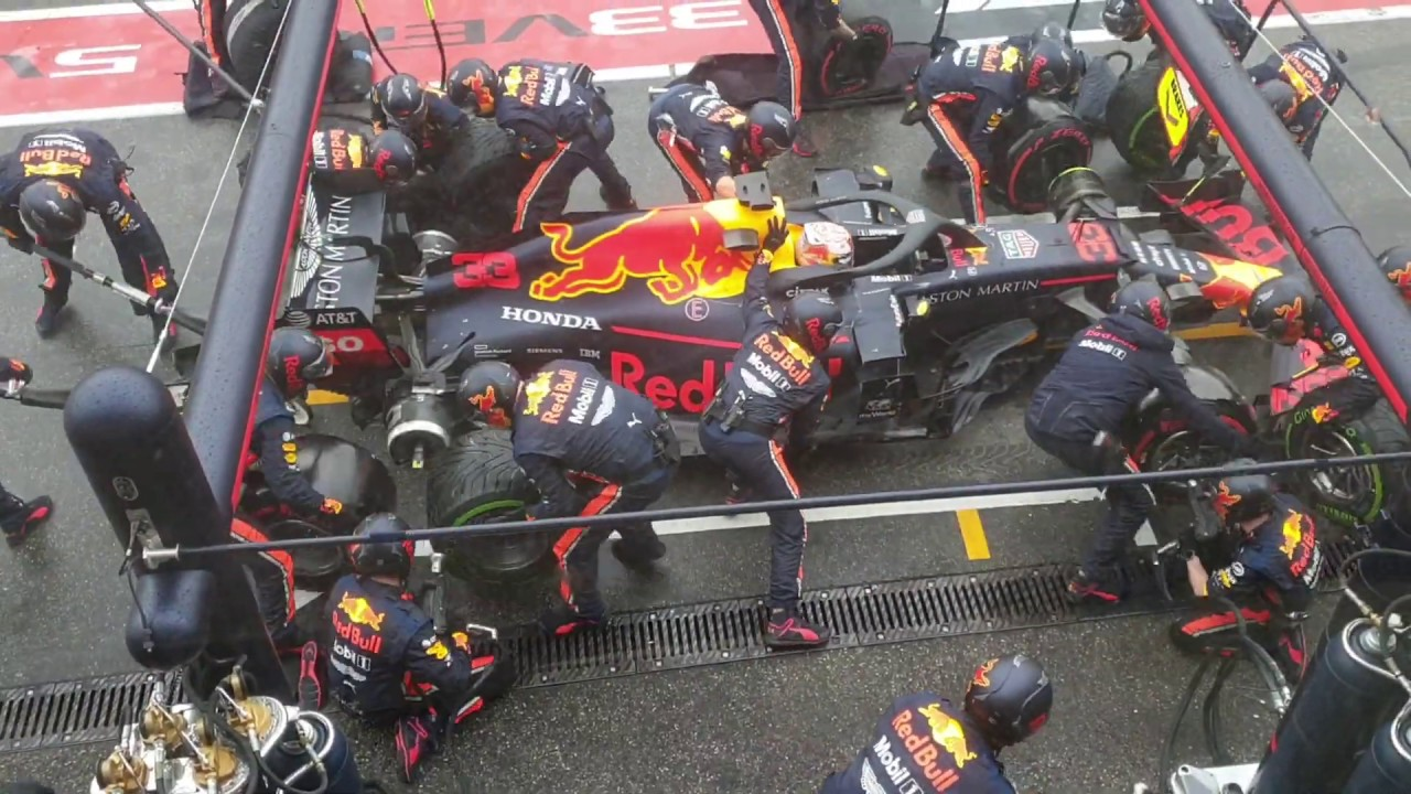 Red Bull Formula One team breaks pitstop record it set at