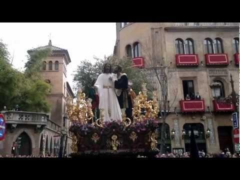 SEMANA SANTA SEVILLA 2013 EL BESO DE JUDAS  REVIRA LARAÑA-ORFILA HASTA LOS PANADEROS
