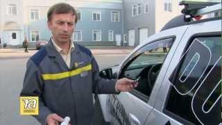 видео Чем смазать петли и замки дверей авто