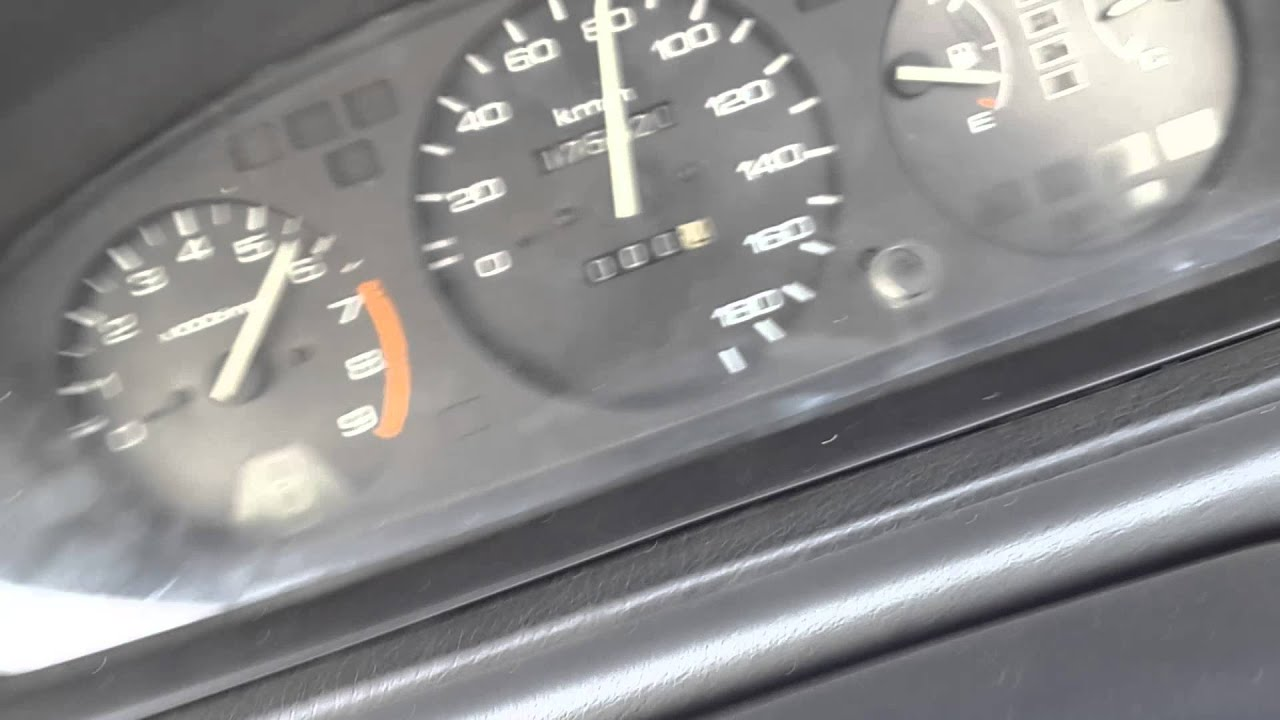 Jdm d15b vtec stock acceleration with Bee*R rev limiter - YouTube