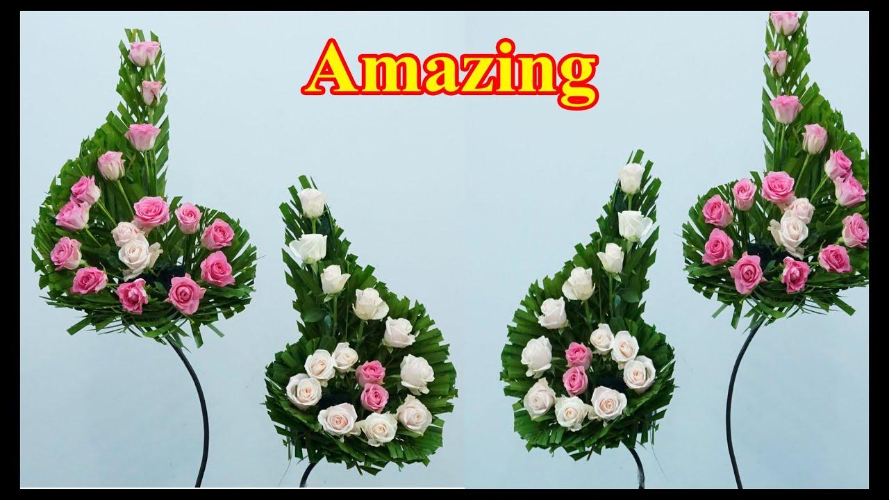 Cắm hoa hồng để bàn thờ kiểu nốt nhạc đối xứng và lá dừa | Hướng Dẫn Cắm Hoa