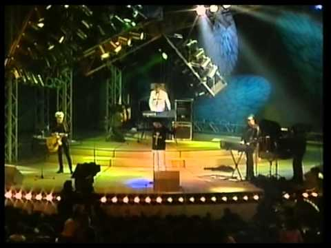 Depeche Mode - Personal Jesus,Enjoy The...