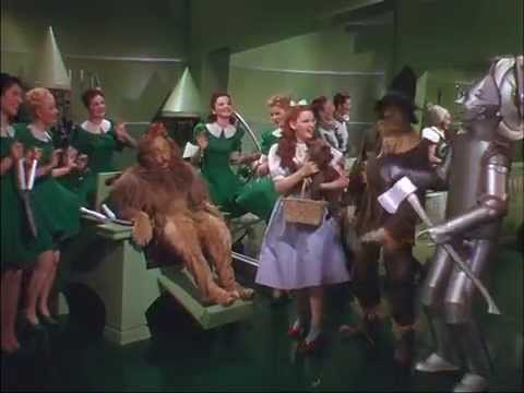 The Merry Old Land of Oz - Sung in Italian 1949