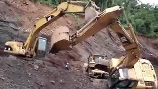 Excavetar accident 😭😭
