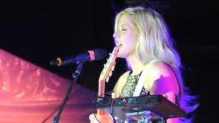 "Ellie Goulding ""Guns and Horses"" Cincinnati May 7 2014"