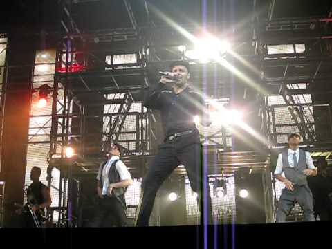 Ricky Martin - Loaded (Live In Chicago)