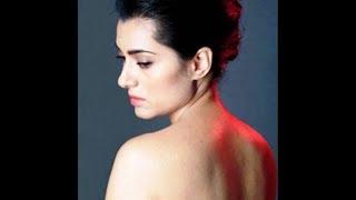 প্রথম বলিউডি সিনেমায় নগ্ন হলেন প্রসেনজিতের বউ অর্পিতা | Arpita Chatterjee Goes Topless in Her Movie