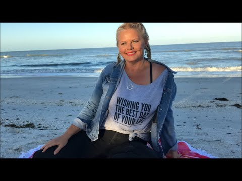 Yarn on the Beach 102 live video podcast with Kristin Omdahl knitting crochet