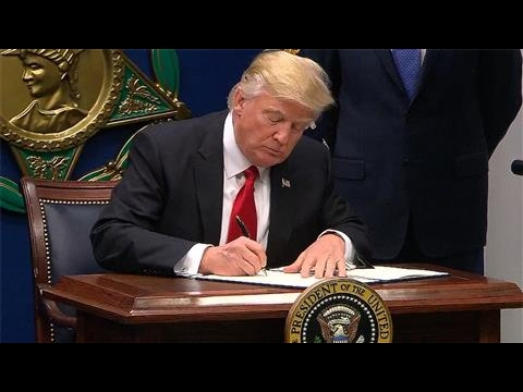 Defense of Trump's Travel Ban Tested by Judges
