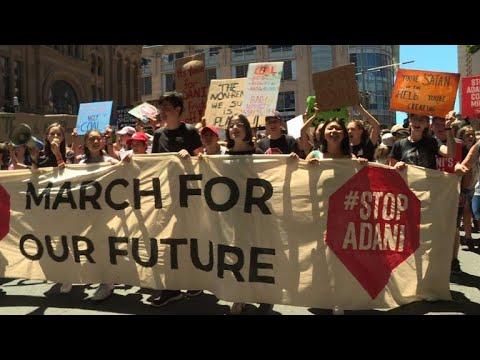 Aussie School Kids Lead Mass Coal Mine Protests
