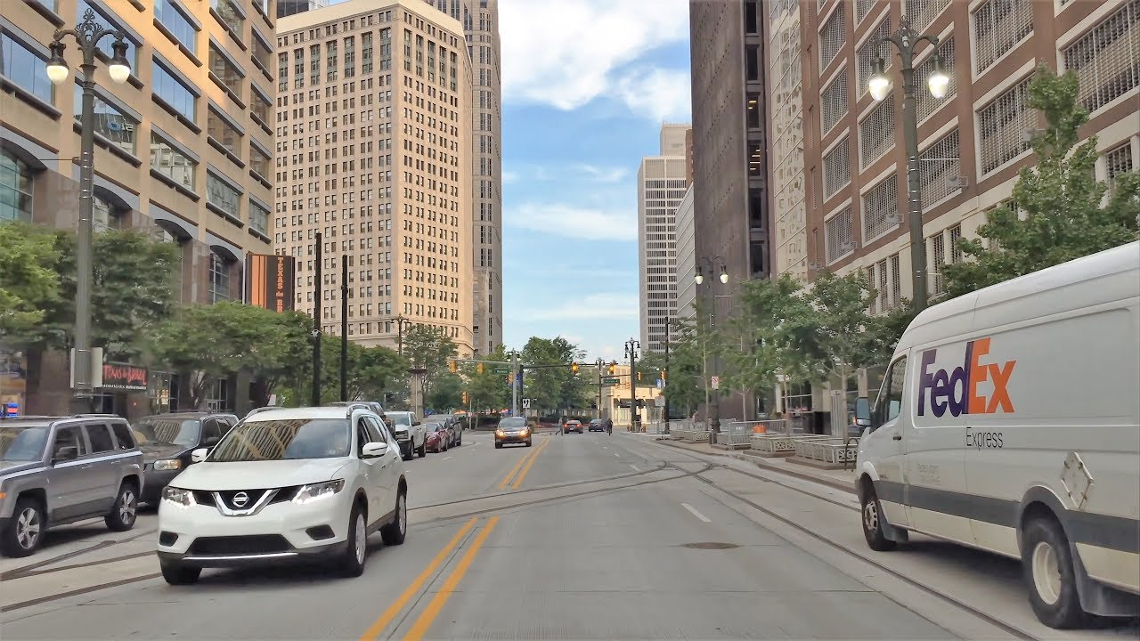 Driving Downtown - Detroit's Main Street 4K - USA