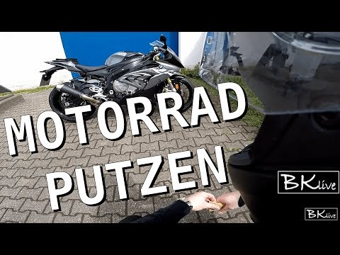 Motorrad putzen