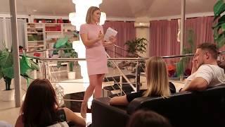 Оксана Маляренко проводит мастер-класс по продвижению в ютубе и инстаграме