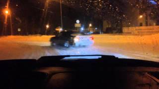 BMW E34 and Nissan laurel боком по городу Ноябрьск