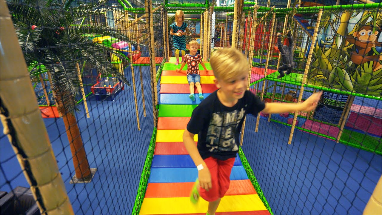 Fun Indoor Playground for Family and Kids at Leo\'s Lekland - YouTube