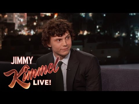 Evan Peters On His Famous Quicksilver Scene