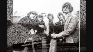 Watch Byrds The Airport Song video
