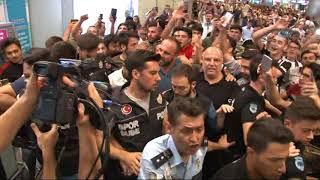 Beşiktaş'ın Yeni Transferi Medel, İstanbul'da