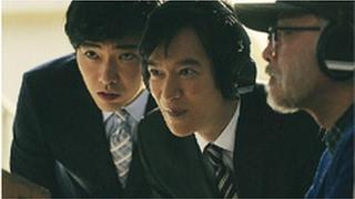 ソフトバンク CM 白戸家 宇宙で戦闘篇 http://www.youtube.com/watch?v=...