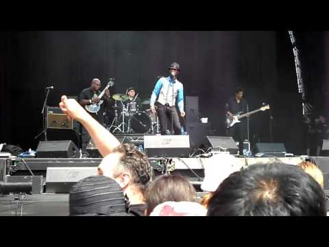 Aloe Blacc Hop Farm 2011