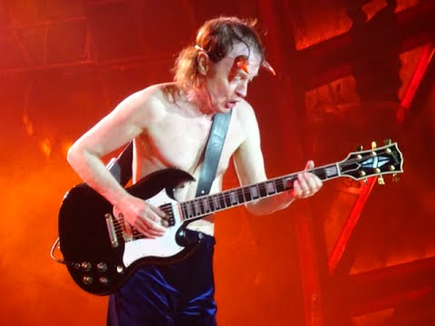 AC/DC ROCK OR BUST EUROPEAN TOUR 2015. FULL SHOW (from Paris To Warsaw).