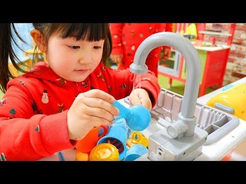 お料理ごっこ!アンパンマンのキッチンが壊れた!大量のおままごとおもちゃをお買い物 Playhouse Kids Kitchen Cooking Toy Play