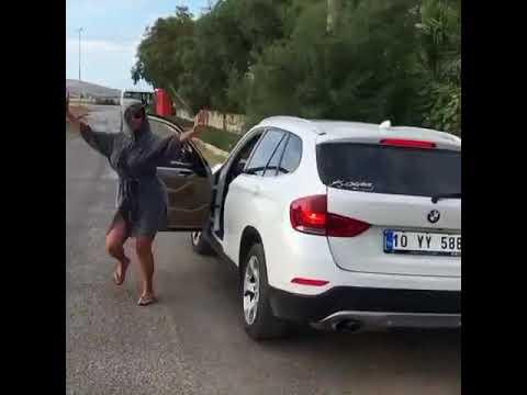 Hülya Avşar Seksi Dans, Seksi Paylaşım. Avşar Kızından Başarısız 'Do The Shiggy' Denemesi