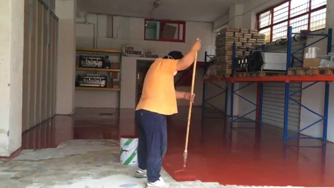 Pavimenti Industriali In Resina Epossidica : Applicazione resina su pavimento industriale youtube
