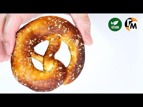 Брецель рецепт | Как приготовить немецкий соленый крендель -- Голодный Мужчина, Выпуск 57