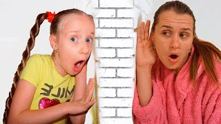 Nastya pretends to play with mom - New Story Collection for Kids