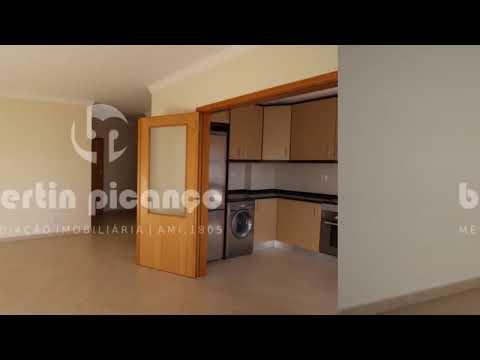 Apartamento T2 com estacionamento e piscina em Cabanas Tavira