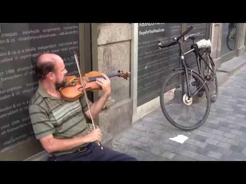 Mendelssohn Violin Concerto, in a Street of Copenhagen