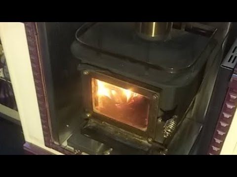 RV Fireside Chat: Are vandwellers mostly right, left or centre?
