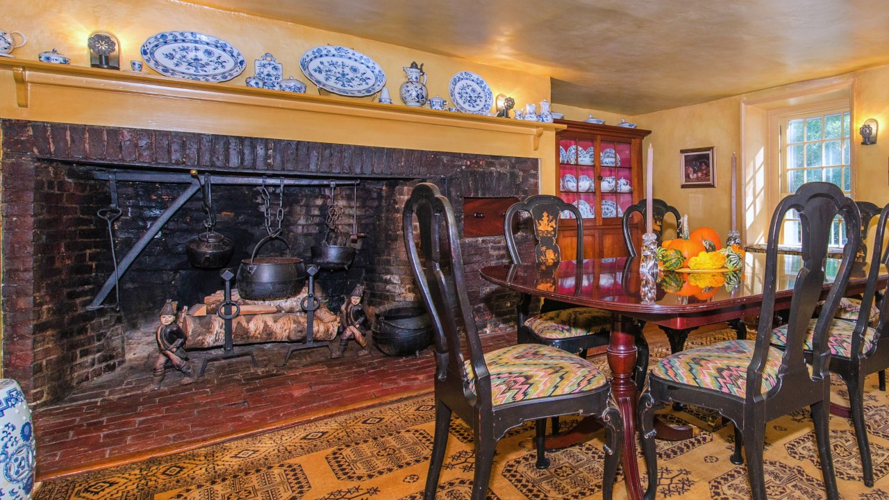 Historic dutch colonial for sale in morris county nj 13 for Dutch colonial house for sale