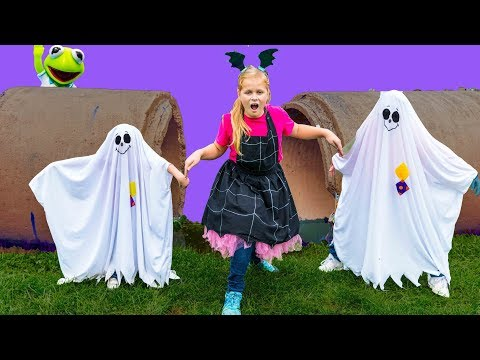 Assistant Vampirina Ghost Hunt with Muppet Babies with Batboy Ryan and Smalls with PJ Masks