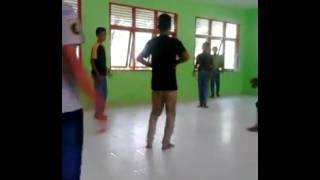 Video Latihan Seudati Saman Di Gampang Mtg. Pasi Peudada Bireuen. download MP3, 3GP, MP4, WEBM, AVI, FLV Juli 2018