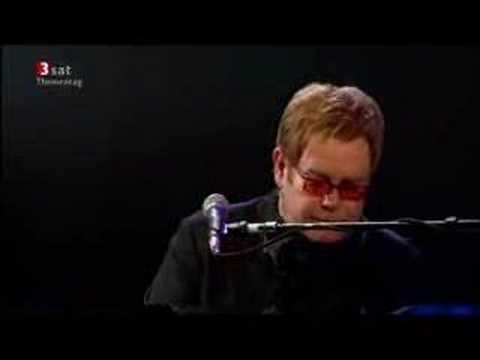 Elton John - Border Song (Live 2004)
