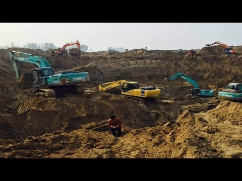 5-year-old boy falls into dry well, 80 excavators join rescue