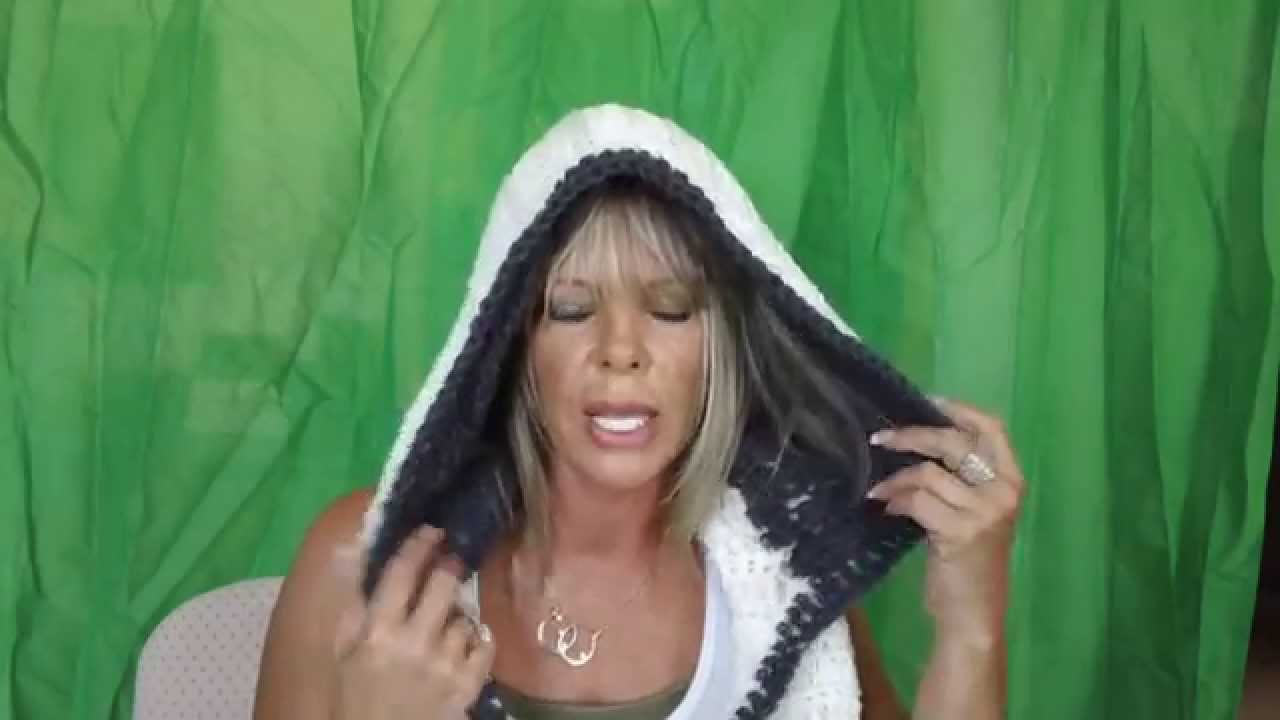 Hooded Infinity Scarf - Patented D668842 - YouTube