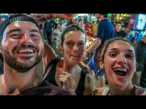 WILD NIGHT IN BANGKOK! - Khaosan Road, Thailand