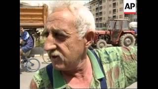KOSOVO: SERB CIVILIANS LEAVING PROVINCE