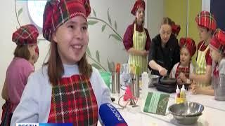 В Норильске юные ученики кулинарной школы учатся готовить блины