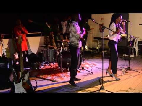 Me ama Divina Varela concerto geração gospel lobito Angola