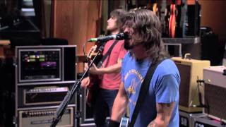 Foo Fighters - 1. Bridge Burning (LIVE @ Studio 606)