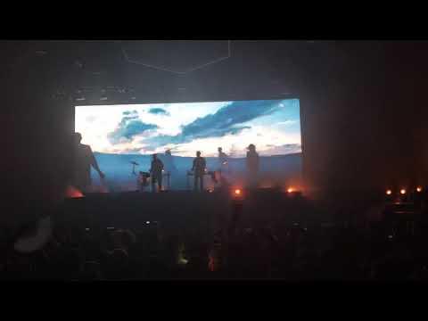 LIVE- Odesza performs Falls (feat. Sasha Sloan)