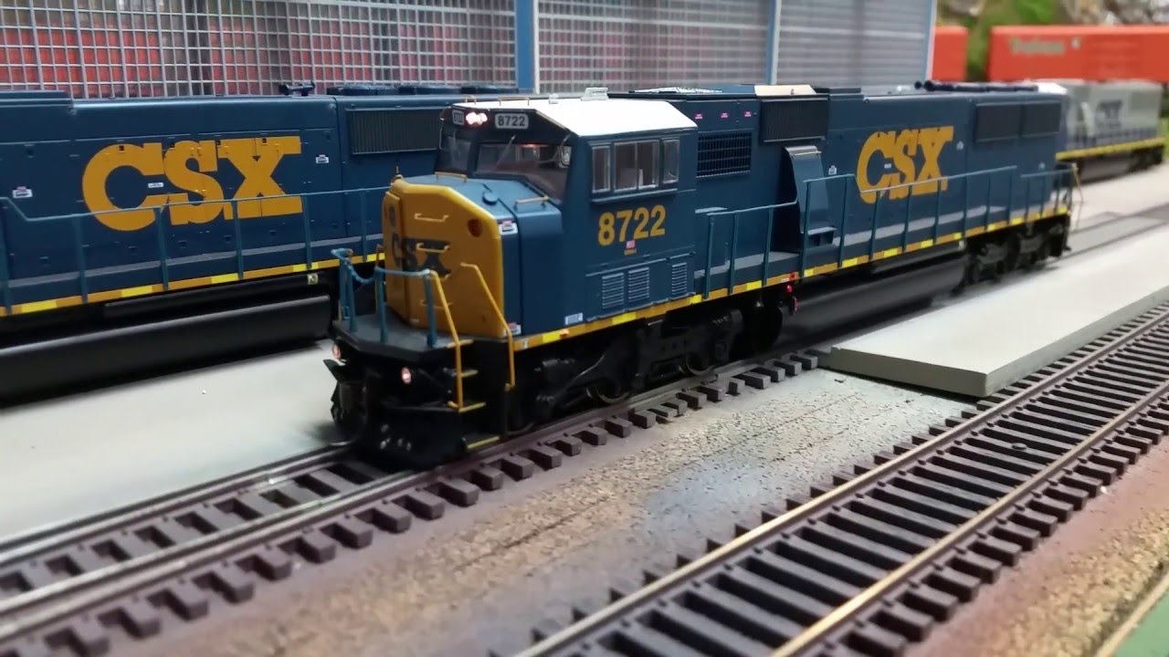 Athearn Genesis SD60I CSX#8722 For sale