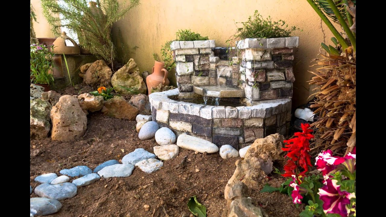 Decorando el jardin con fuente de agua youtube for Como construir piletas de material